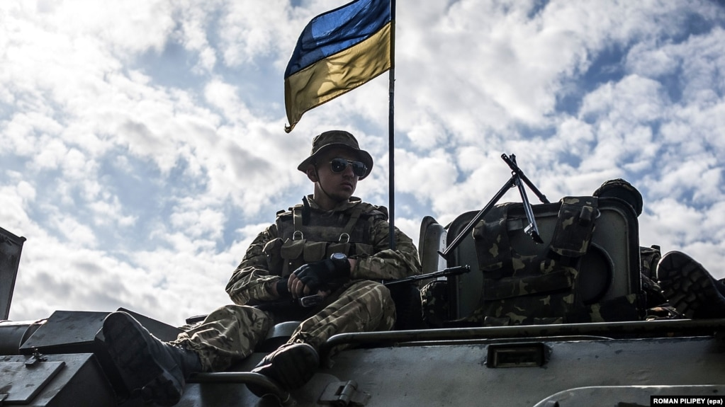 Ukrayna ordusu 8 əsgərinin əsir götürüldüyünü deyir
