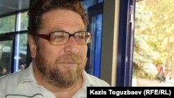 Қазақстандық журналист, құқыққорғаушы Андрей Свиридов. Алматы, 24 қыркүйек 2013 жыл.