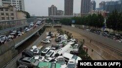 پیامد سیلاب در شهر ژنگژو در هنان چین