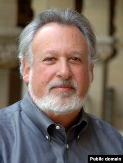 Даниэль Снайдер
