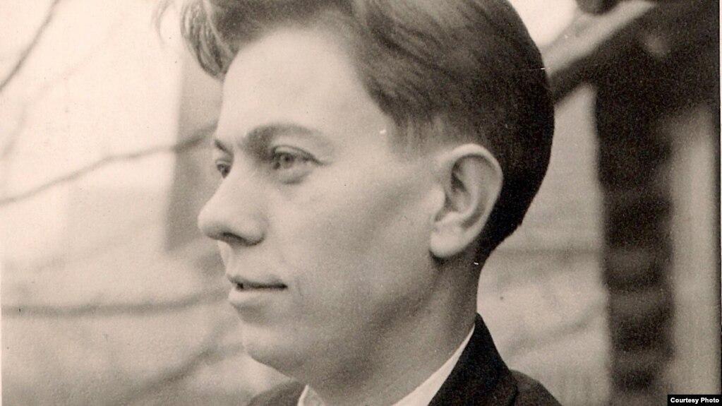 Уладзімер Караткевіч. 1953 год