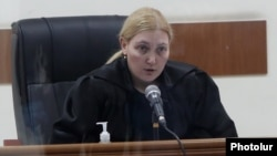 Armenia -- Judge Anna Danibekian announces her decision to reject fresh demands for former President Robert Kocharian's release from jail, Yerevan, May 13, 2020.