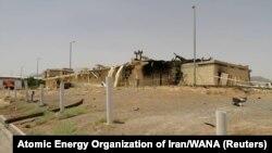 Оштетениот објект при нуклеарната посторојка Натанц во Иран