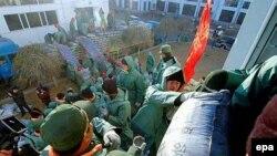 Прошлогодний сброс химикатов в приток Амура заставил Китай в считанные дни построить защитную дамбу