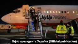 Охочі повернутися до України повинні пройти період обсервації, нагадує міністр