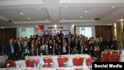 Заседание оргкомитета II Всемирного конгресса крымских татар в Анкаре