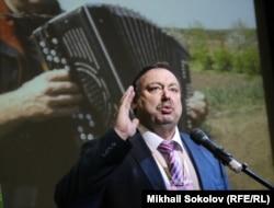 Кремлевским мелодиям Геннадий Гудков уже не верит?