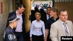 Юлия Тимошенко в суде. Киев, август 2011 г