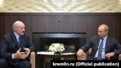 Лукашэнка і Пуцін, архіўнае фота