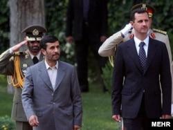 Лидеры Ирана и Сирии совместно принимают военный парад