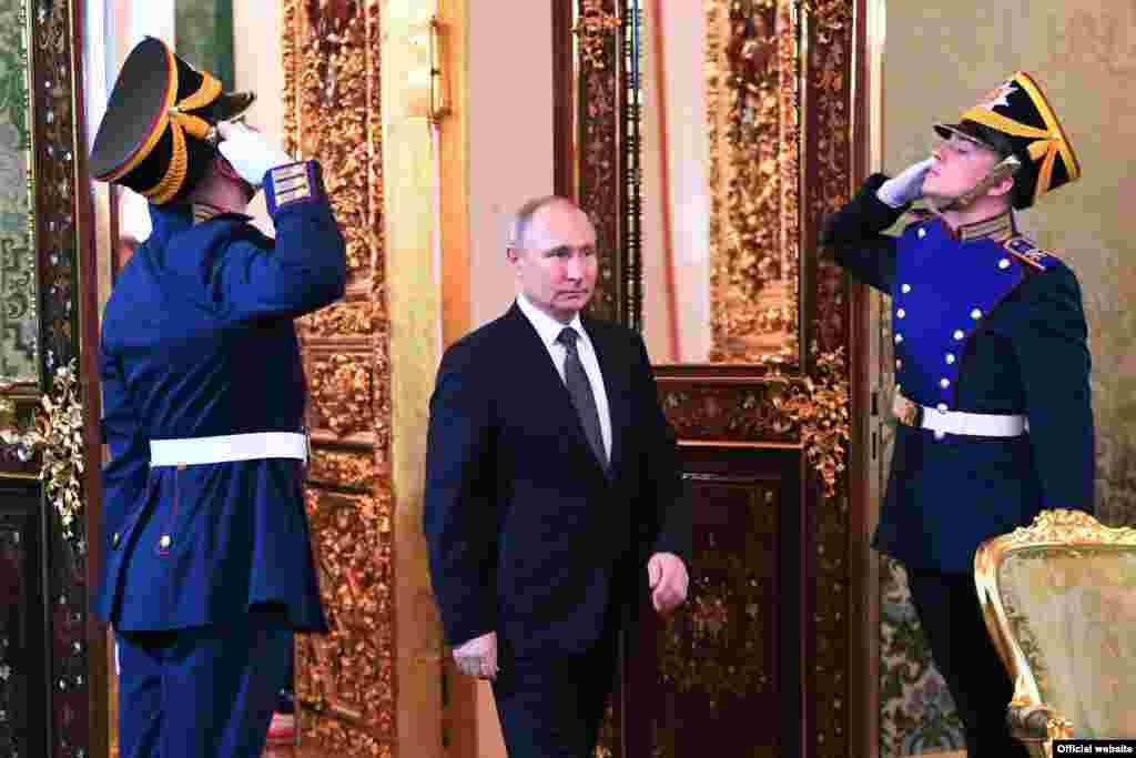 RUSSIA -- Russian President Vladimir Putin meets with his Tajik counterpart Emomali Rahmon at the Kremlin in Moscow, April 17, 2019