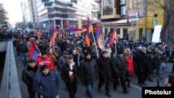 Արխիվ -- «Նոր Հայաստան»-ի երթը Երևանում, 7-ը դեկտեմբերի, 2015թ․