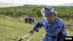As late as 2004, Tajik authorities were still conducting demining operations in Rasht Valley.