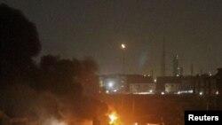 نمایی از حمله شبانه به پایگاه دریایی مهران در کراچی