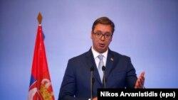 Od sukobljavanja do prijateljevanja sa 'Kurirom' i nazad: Aleksandar Vučić