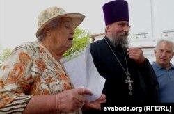 Клара Сянкевіч і сьвятар Міхаіл Марціновіч
