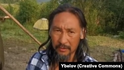 Якутский шаман Александр Габышев.