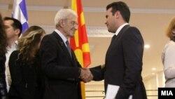 Претседателот на Владата Зоран Заев и градоначалникот на Солун, Јанис Бутарис