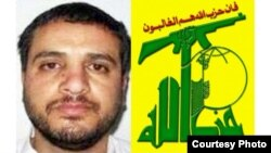صورة مركبة لعلي موسى دقدوق وشعار حزب الله اللبناني