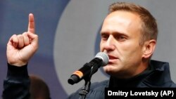 Russian opposition leader and anti-corruption campaigner Aleksei Navalny (file photo)