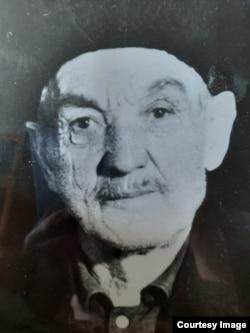 Дед Шефкета Ибадлаева по материнской линии Кадыр Аджи Ариф