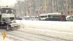 Снег во Белорусија, протест во Украина