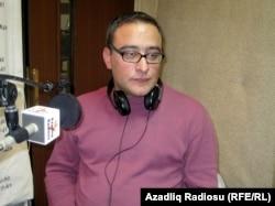 Əli Əkbər Azadlıq Radiosunun efirində, 2010