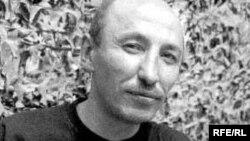 Jurnalist Asxat Şaripjanov