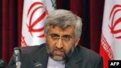 دبیر شورای عالی امنیت ملی ایران به اتخاذ سیاست سختگیرانه تری در پرونده هسته ای ایران معروف است.