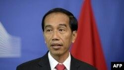 جوکو ویدودو، رئیس جمهور اندونزیT به دنبال رخداد تجاوز گروهی به یک دختر ۱۴ ساله و قتل او خواستار اجرای مجازات ناتوانسازی جنسی با دارو شد