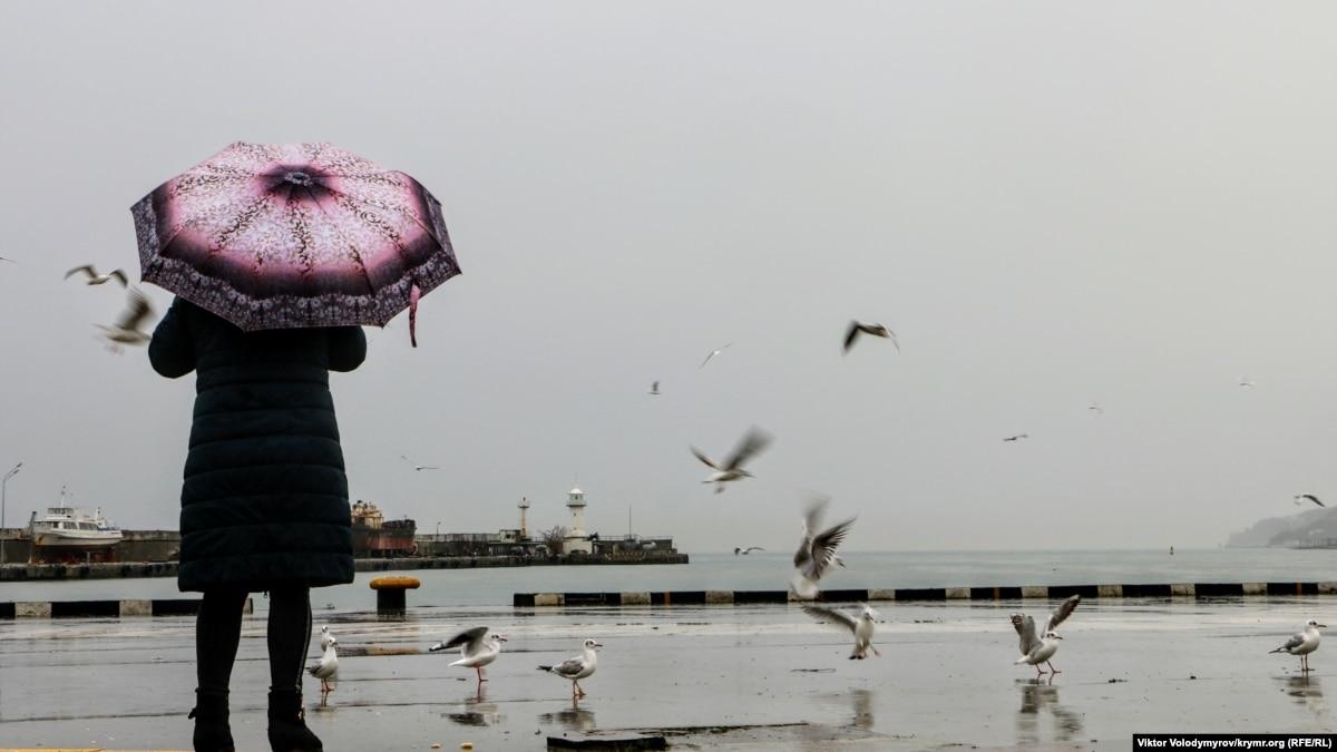 Из Крыма и к Крыму. Истории двух жителей полуострова, которые оказались на свободе накануне 2020 года