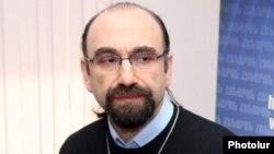 «Նարեկացի» արվեստի միության նախագահ Նարեկ Հարթունյան