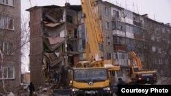 Дом №4, где рухнул подъезд с первого по пятый этаж. Поселок Шахан Карагандинской области, 2 января 2017 года.