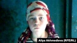 11-летняя Юля Злобина. Карасайский район, Алматинская область, май 2012 года.