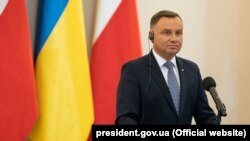 Președintele Poloniei, Andrzej Duda, este creditat să câștige încă un mandat la alegerile de anul viitor