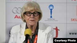 Эва Заоралова