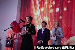 Олена Костевич не стримувала сліз щастя