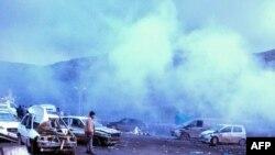 Pamje pas eksplodimit në Rejhanli të Turqisë, afër kufirit me Sirinë