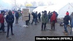 """Migranti u kampu """"Vučjak"""""""