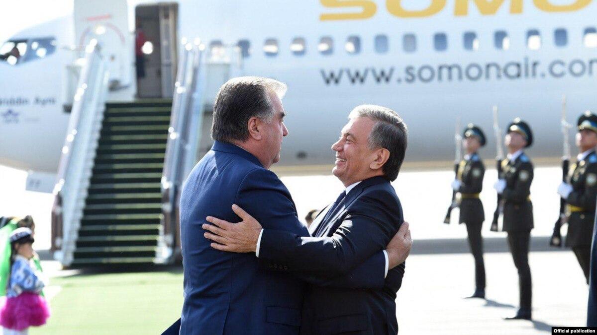 Президент Таджикистана находится в Ташкенте с госвизитом