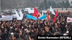 14 март куни Мирзақматов тарафдорлари яна митинг ўтказди.