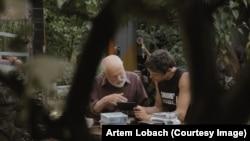 """Кадр из фильма """"Дорога домой"""" Артема Лобача"""