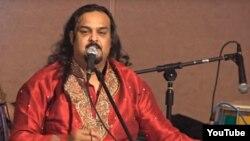 Pakistanly aýdymçy Amjad Sabri.
