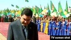 Prezident, adatça, 1-nji sentýabr güni has ulurak binalaryň açylyşyna gatnaşýar.