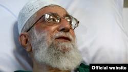 آیتالله علی خامنهای در بیمارستان پس از جراحی