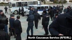 Пикетчиков ждал наряд полиции