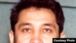 Адам құқығын қорғаушы әрі журналист Дулат Төлегенов 2000 жылы күзде Ақтөбеде жұмбақ жағдайда қаза болды.