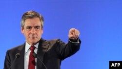 Кандидат на посаду президента Франції Франсуа Фійон закликає у другому турі підтримати Емманюеля Макрона