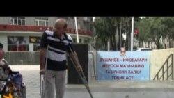 Сайри маълулон дар кӯчаҳои Душанбе