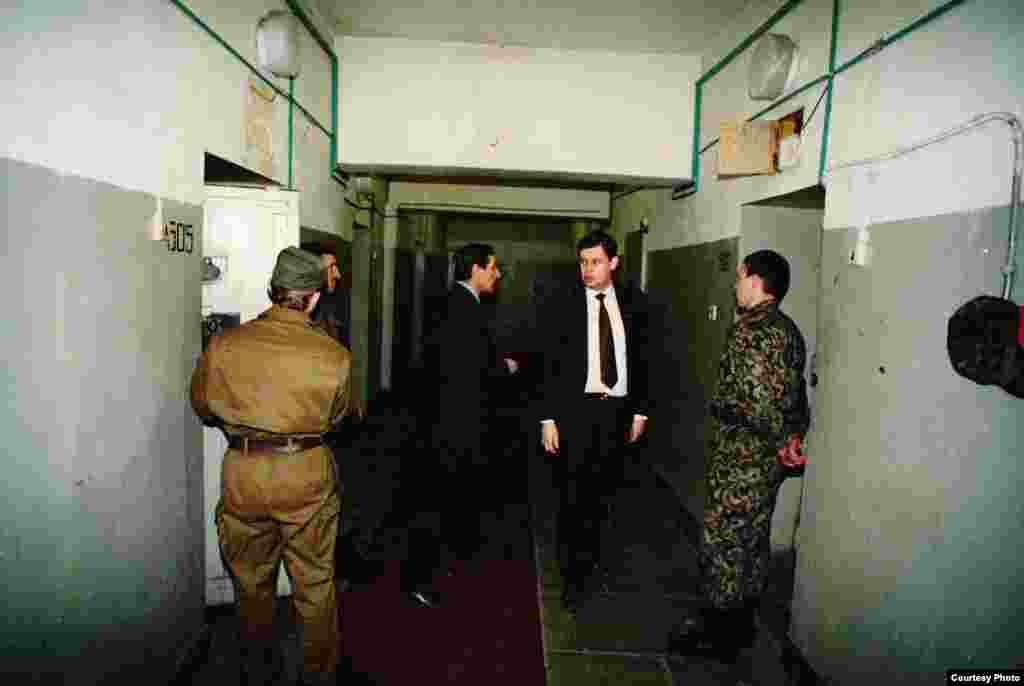 В'язниця, у якій перебували арештовані члени ДКНС